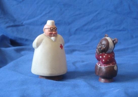 Игрушки Айболит и мишка