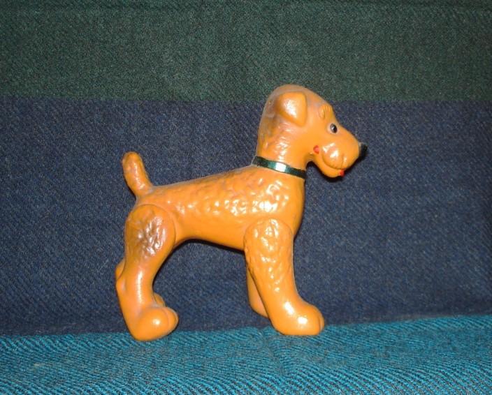 игрушка рыжая собака