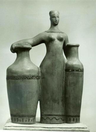 Декоративная скульптура - женщина с двумя вазами
