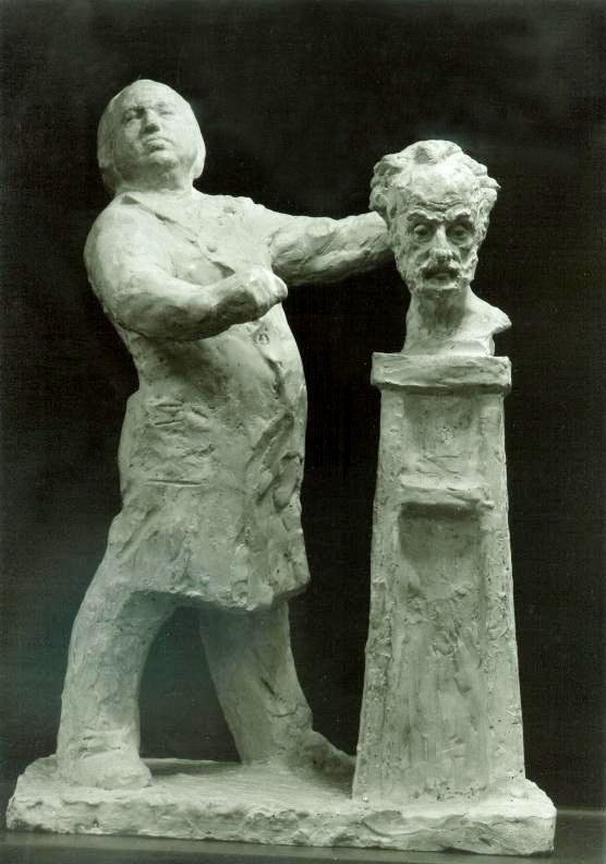 скульптурная композиция Петр Криворуцкий (в полный рост) лепит портрет Льва Разумовского