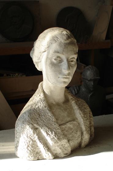скульптурный портрет Ирины Левиной